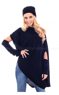 Cashmire tunic with hat in black