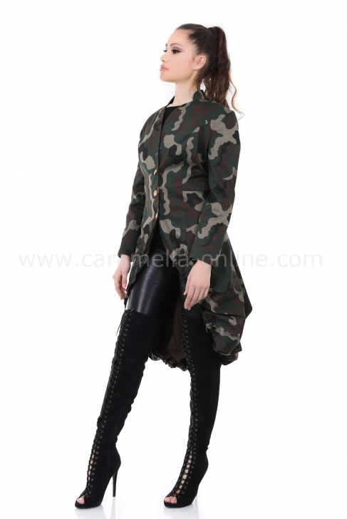 Tranch coat Military Woman 062028