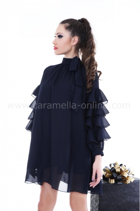Dress Blue Girl 012204