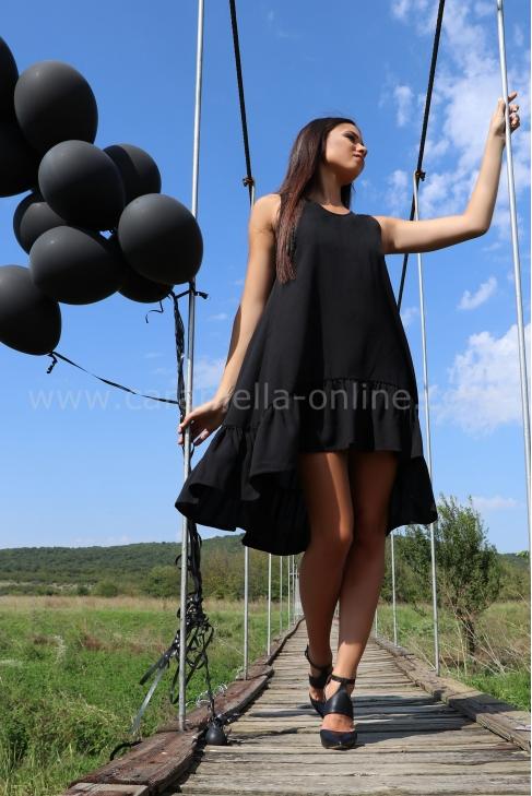 Dress Black to School 012380
