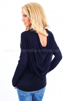 Черна блуза с висящ гръб