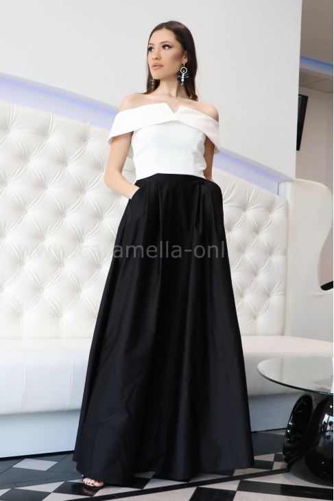 Skirt Black Supreme 032095