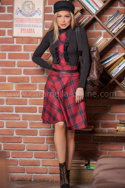 Пола Scotland Square 032212